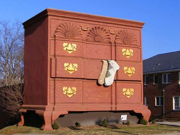 World's Largest Chest of Drawers